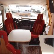 venta-autocaravana-de-2-mano-oviedo-euramobil-style-660-hb-comedor
